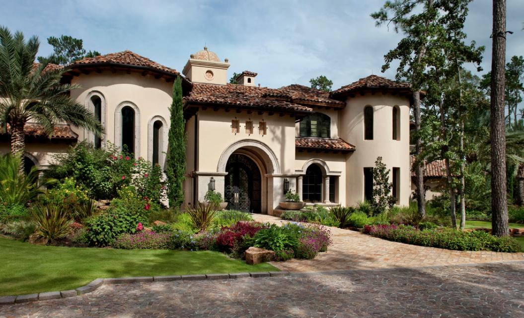 Mediterranean tuscan style home house mediterranean for Mediterranean villa architecture