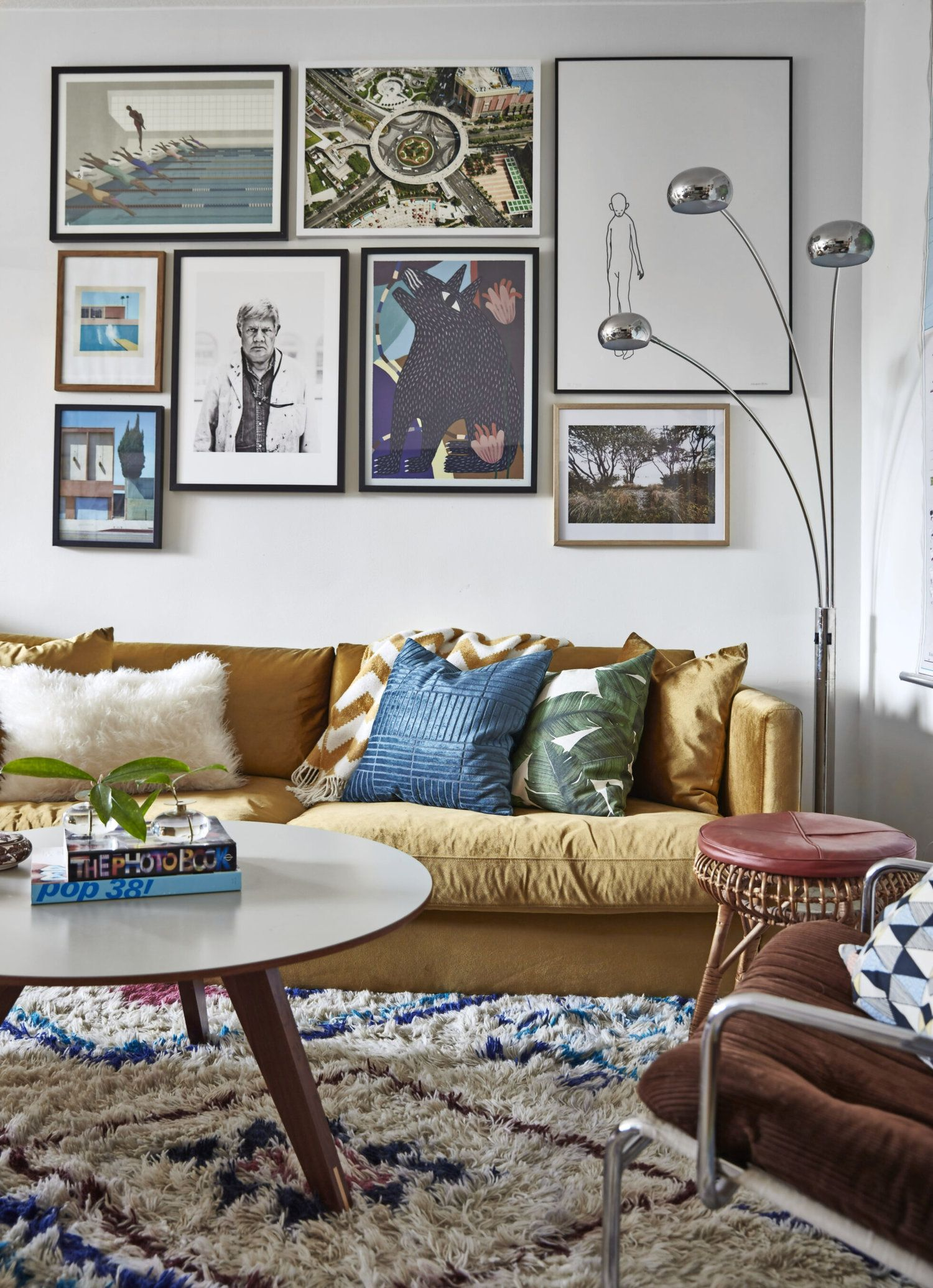 Cozy Textures In A Vintage Apartment in Stockholm ...