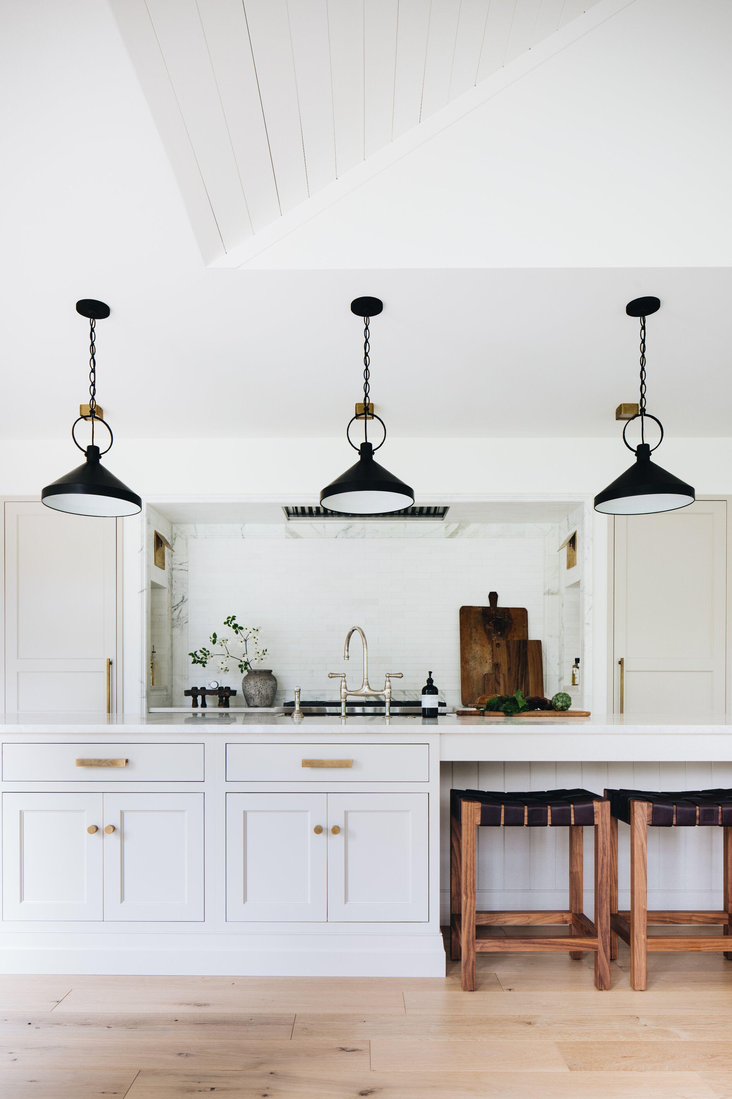 Ada Modern Classic Jean Stoffer Design In 2020 Classic Kitchen Cabinets Kitchen Cabinet Colors Classic Kitchens