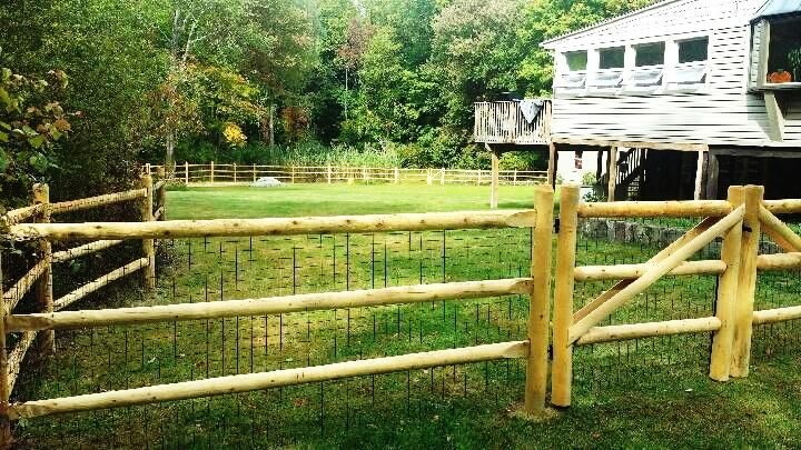 3 Rail Round Cedar Post And Rail Fence With Wire Cedar Posts Cedar Fence Cedar Fence Posts