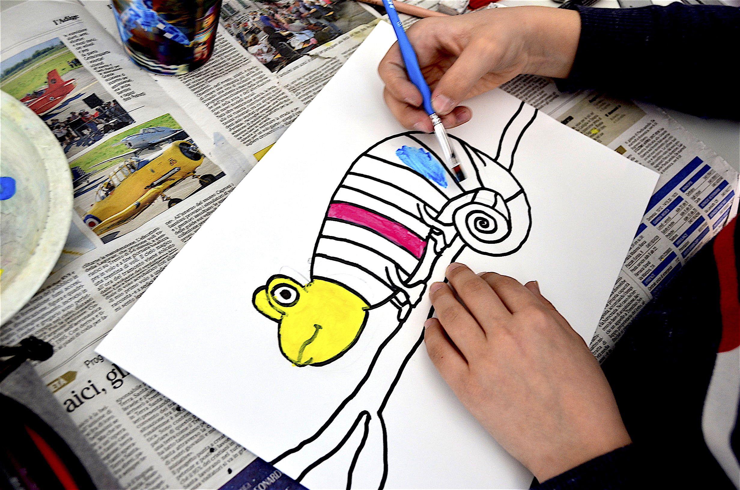 Rainbow Chameleon   Mixing primary colors, Kids art ...