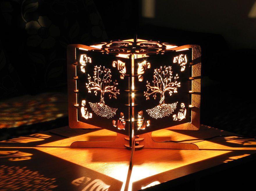 Shadow Lamps une fois allumées, ces lampes nous offrent un spectacle d'ombres