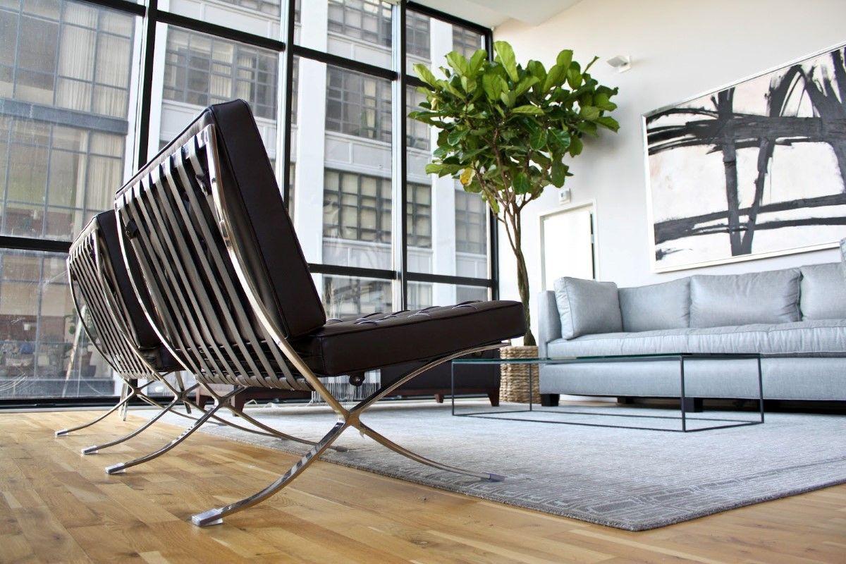masculine-black-barcelona-chairs-living-room-design | Sala ...