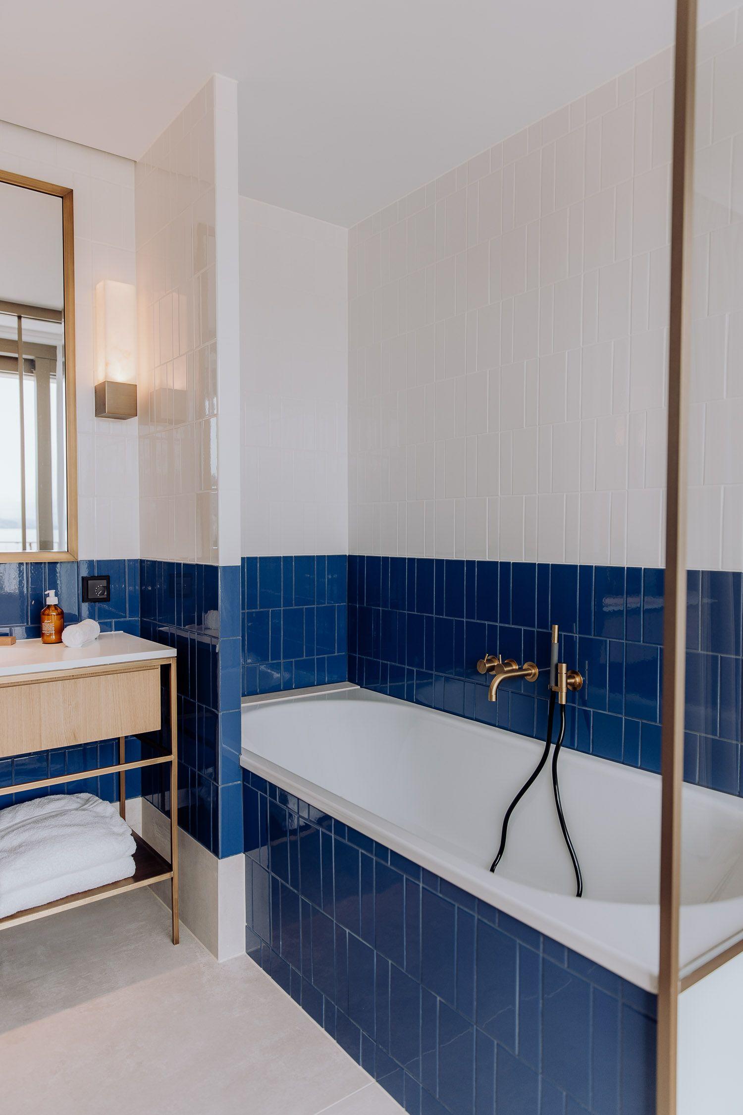 Vier Perfekte Sommertage Am Zurichsee Josie Loves Blaue Fliesen Badezimmer Blau Bad Blau