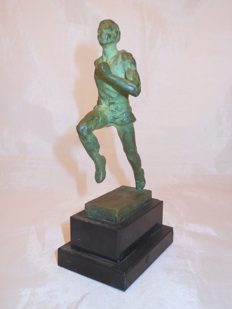 objet sportif coureur pieds sculpteur art deco bronze fraisse demey stuff to buy art deco. Black Bedroom Furniture Sets. Home Design Ideas