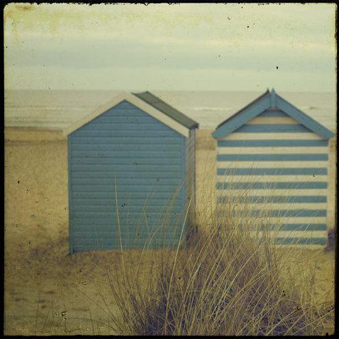 les 25 meilleures id es de la cat gorie cabines de plage sur pinterest location de chalets uk. Black Bedroom Furniture Sets. Home Design Ideas