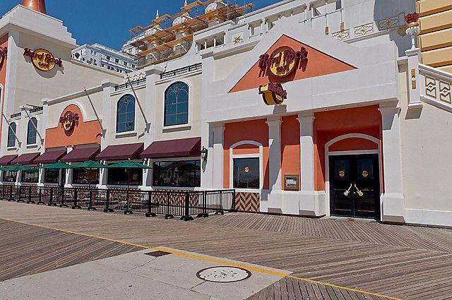 Hard Rock Cafe Ac Boardwalk Entrance Boardwalk Nj Beaches City Beach