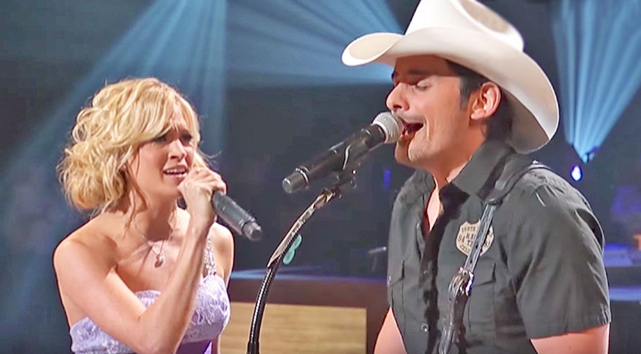 Brad Paisley Brings Carrie Underwood Out For Remind Me Duet Country Music Lyrics Carrie Underwood Country Music