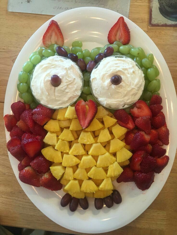 Found this on FB and don't know who made it .  Great looking owl food tray!! #healthymarshmallows