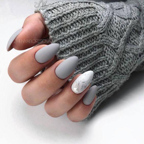 61 Die trendigsten Mandelmatt-Nägel-Ideen für Herbst und Winter #herbst #ideen #mandelmatt #nagel #trendigsten #winter #nailsshape