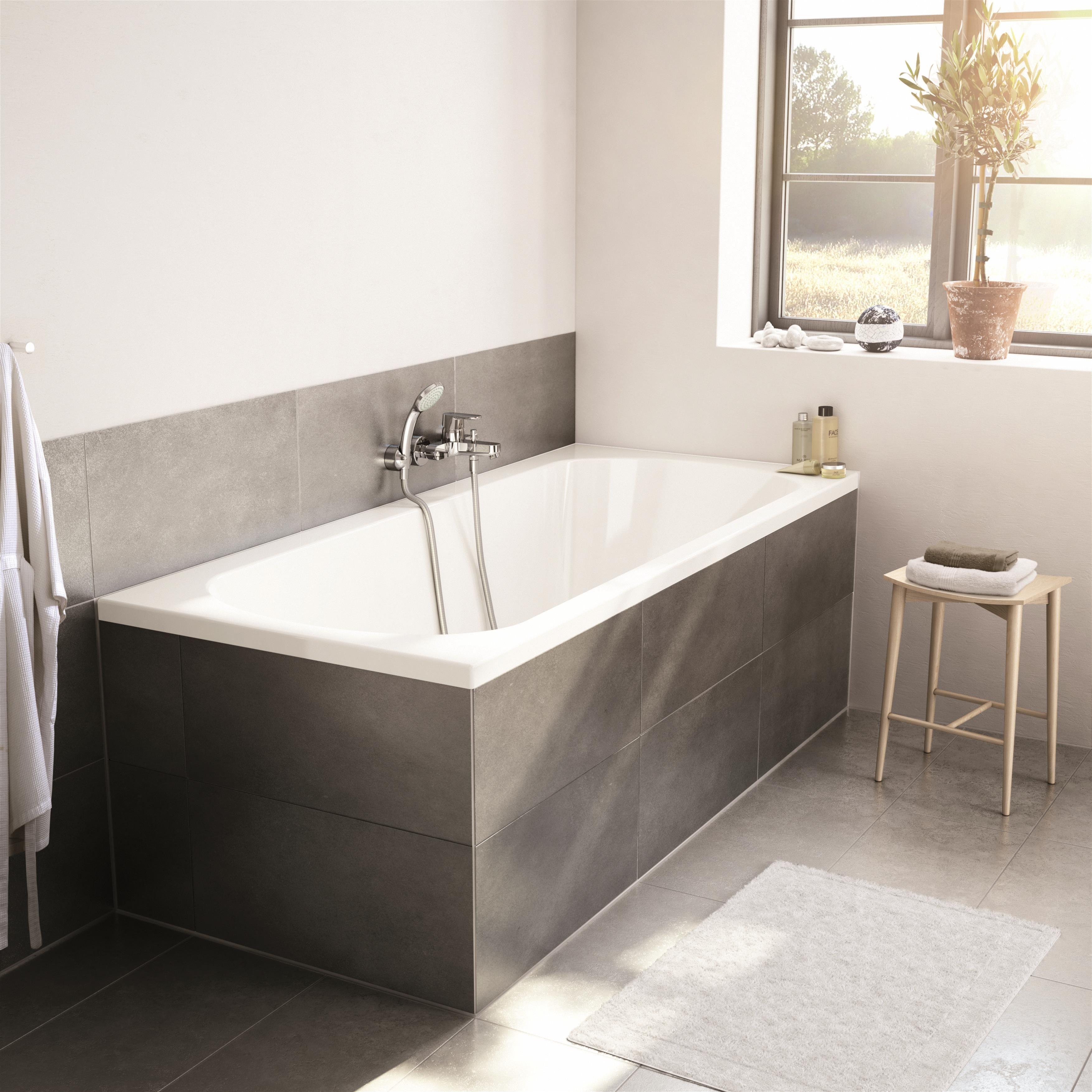Idėja Kaip įrengti Sviesų Ir Modernų Vonios Kambarį Unideco Jaukurai Vonioskambarys Interjer Bathroom Design Small Open Living Room Design Bathroom Design