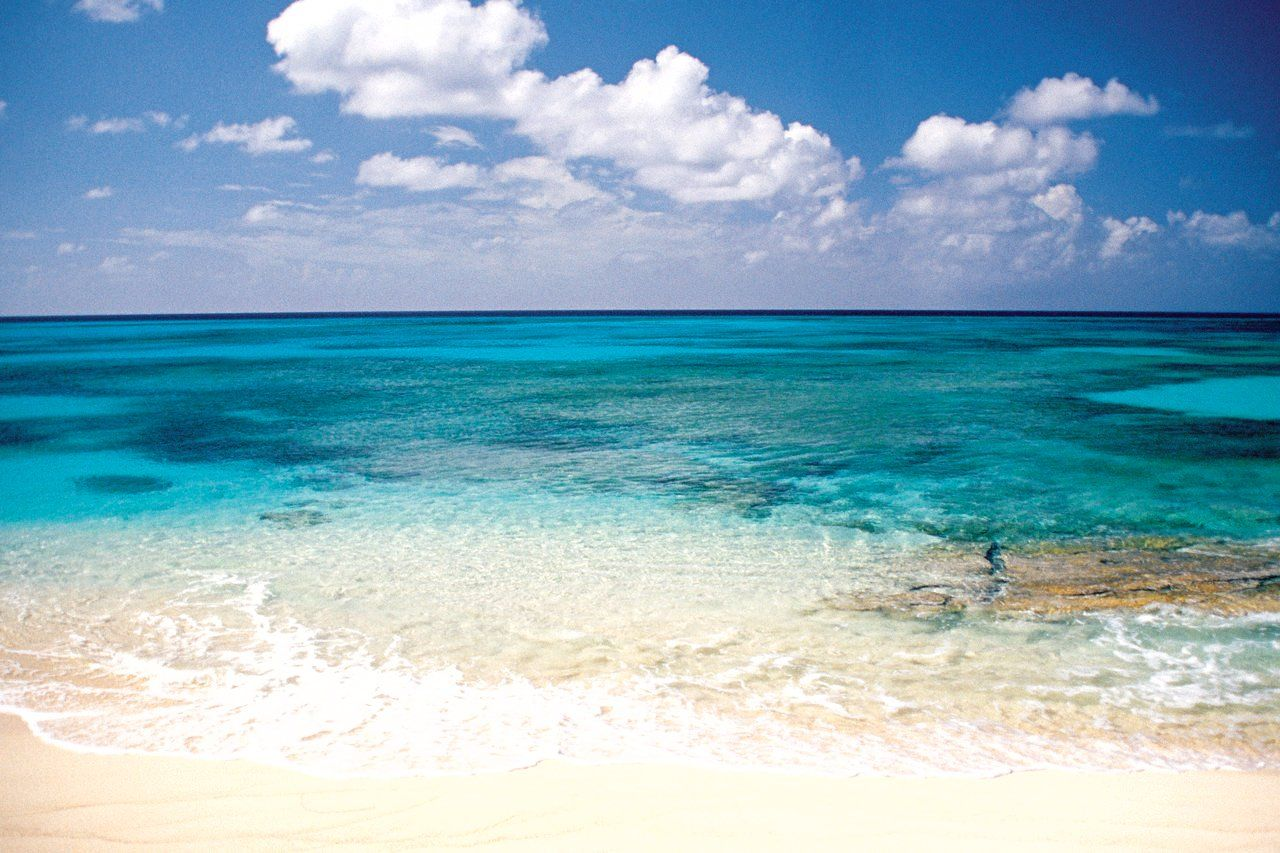 Caribbean weddings grand turk - Grand Turk Is Known To Have Some Of The Clearest Waters In The World