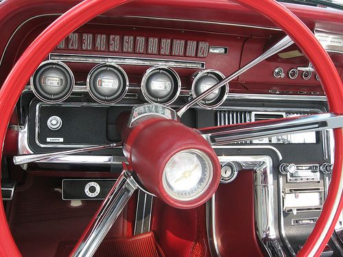 Gaudy But Glamorous 1958 1966 Ford Thunderbird With Images