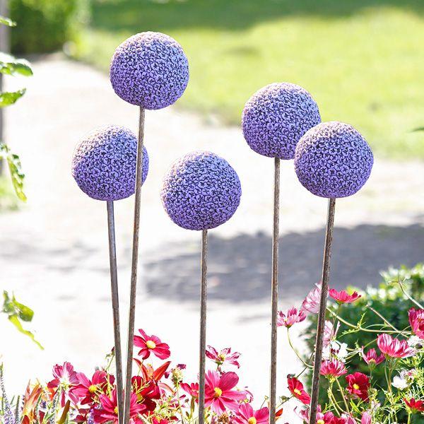 Gartenstab Blumenkugel Zierlauch Mosaikgarten