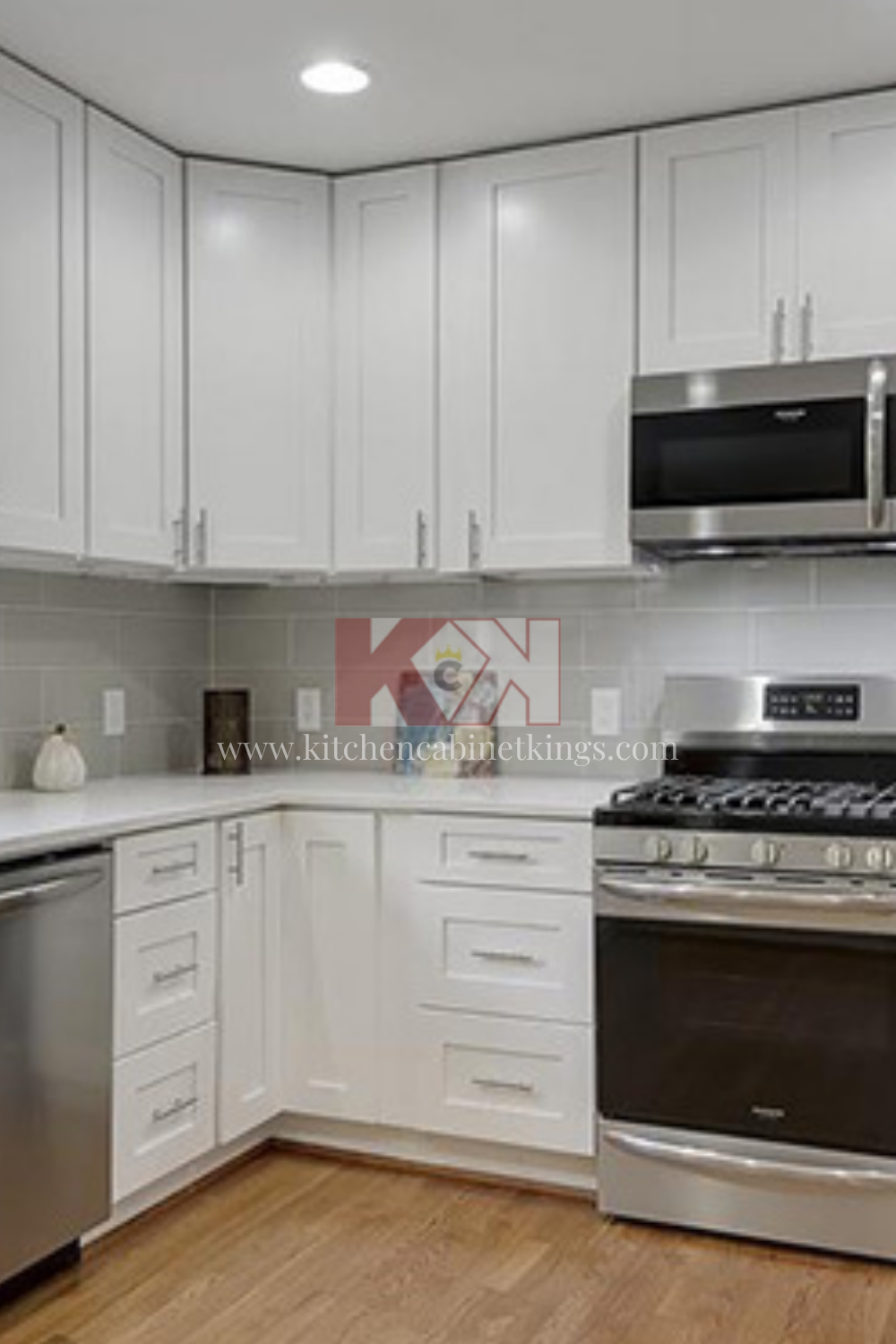 Pre Assembled Ice White Shaker Cabinets In 2020 Kitchen Cabinet Kings Assembled Kitchen Cabinets Online Kitchen Cabinets
