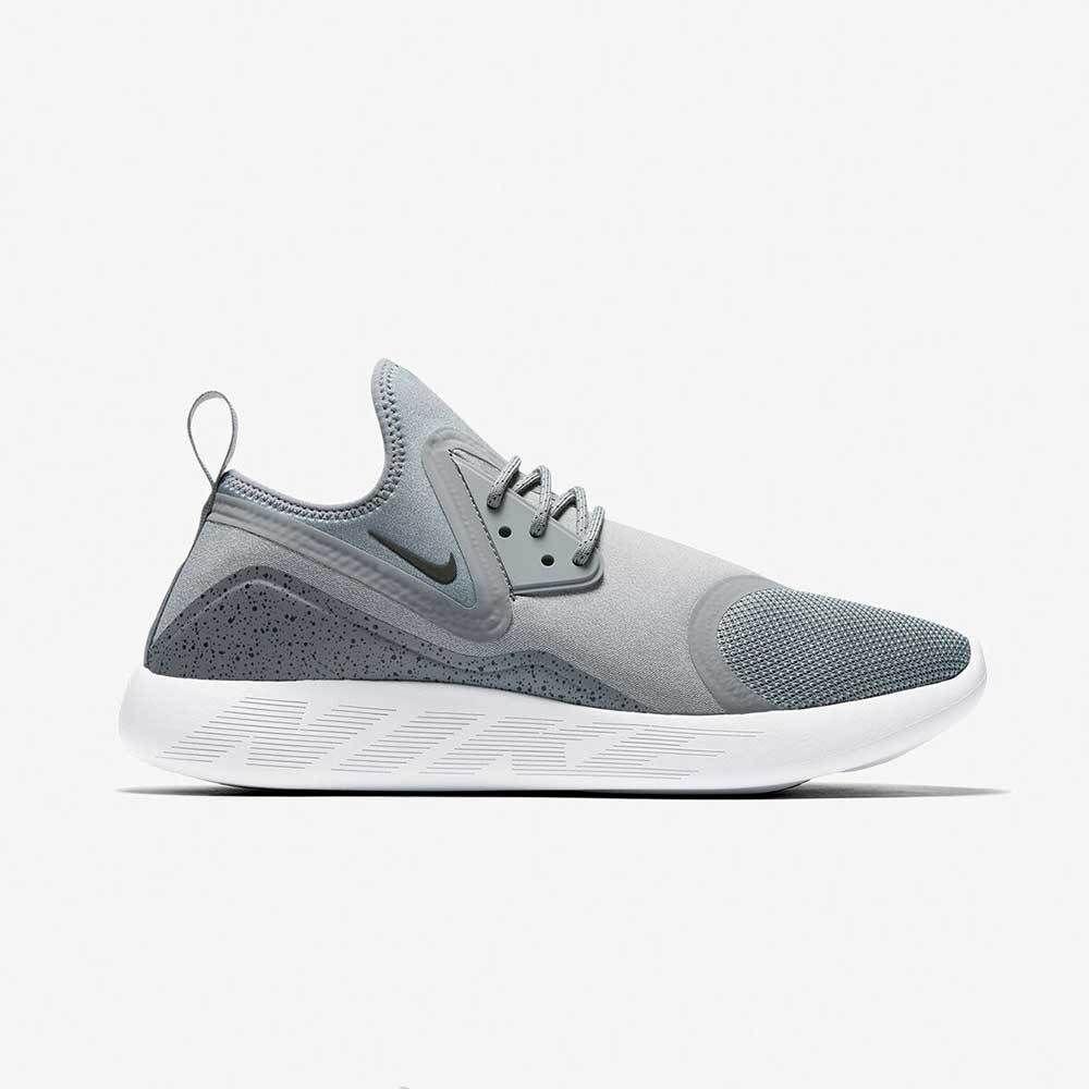 official photos b50f0 a15c3 Nike LunarCharge Essential Herren Schuhe Sportschuhe Laufschuh Sneaker Grau  Weiß | Kleidung & Accessoires, Herrenschuhe, Turnschuhe & Sneaker | eBay!