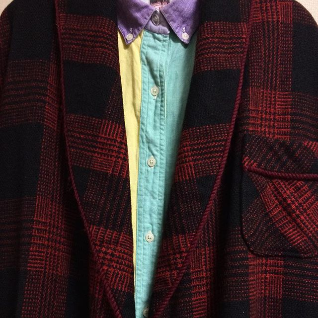 """@nakajimadaisuke's photo: """"ブルックスブラザーズのクレイジーパターンBDシャツに、ヴィンテージのウールガウン。 #古着"""""""