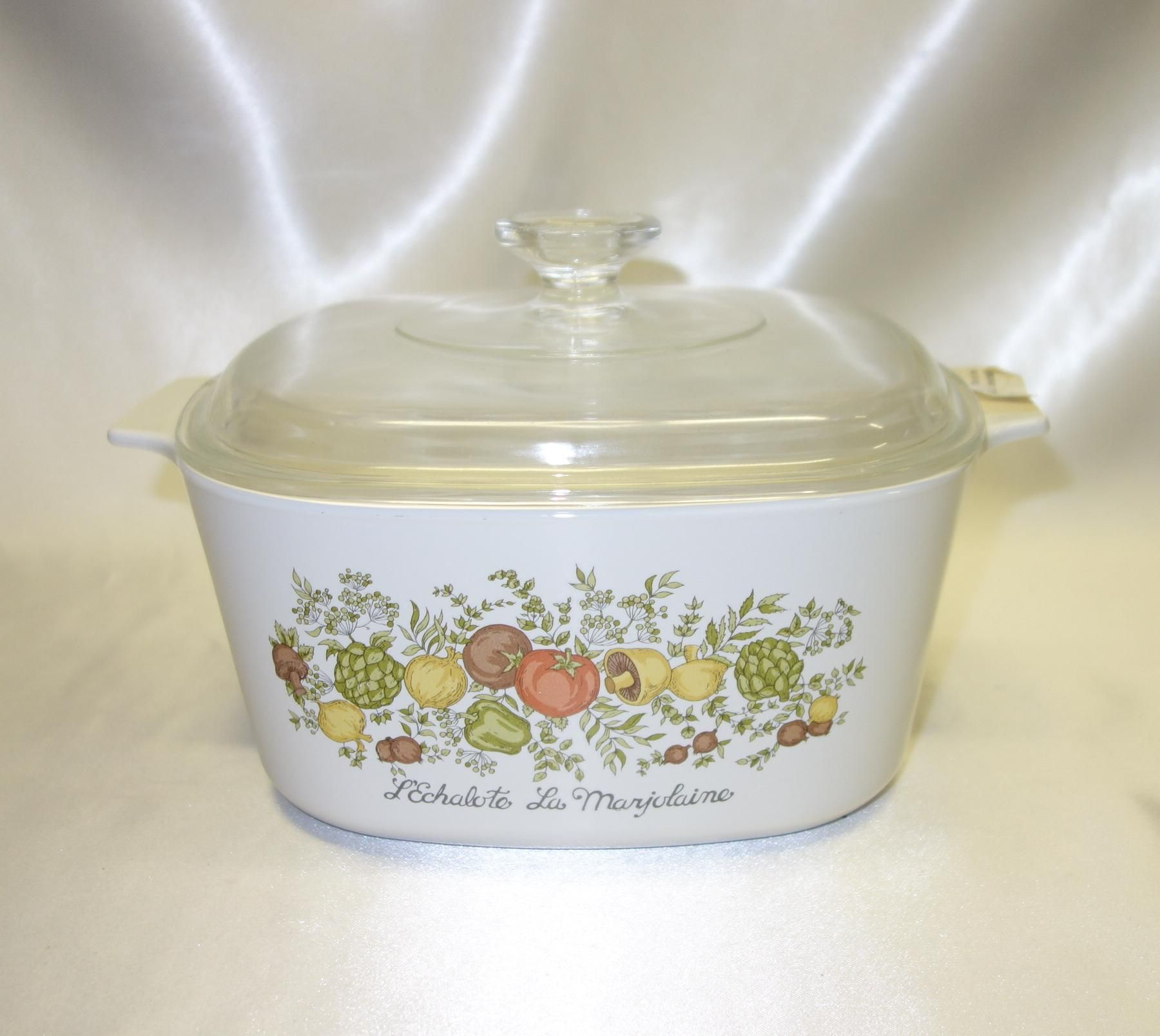Corningware Range Oven And Microwave: Corning Ware 3 Quart Covered Casserole In The Spice Of