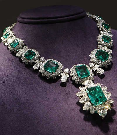 debeers top the diamond necklaces world marie most in expensive necklace