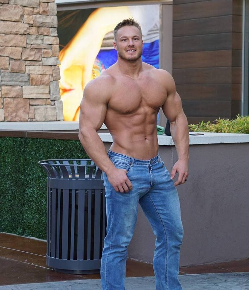 Muscular guys bodybuilders and my states of soul davy muscle hot guys fandeluxe Images