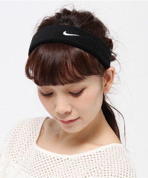 Nike ナイキ の ナイキ スウッシュ ヘッドバンド スポーツグッズ Wear