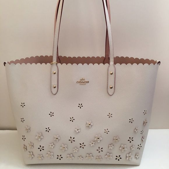 Coach Flower Aplique Tote Beautiful and perfect for summer tote with hnd  applique flowers . Model