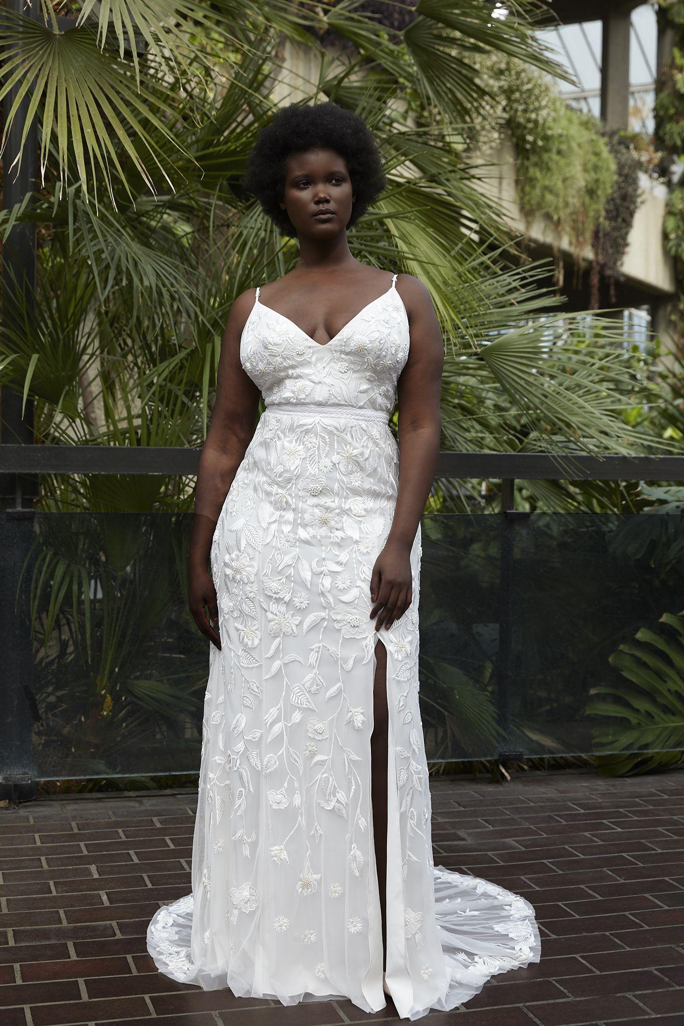 Hermione De Paula The Garden Bespoke Wedding Dress Wedding Dresses Sumer Wedding Dress [ 2100 x 1400 Pixel ]