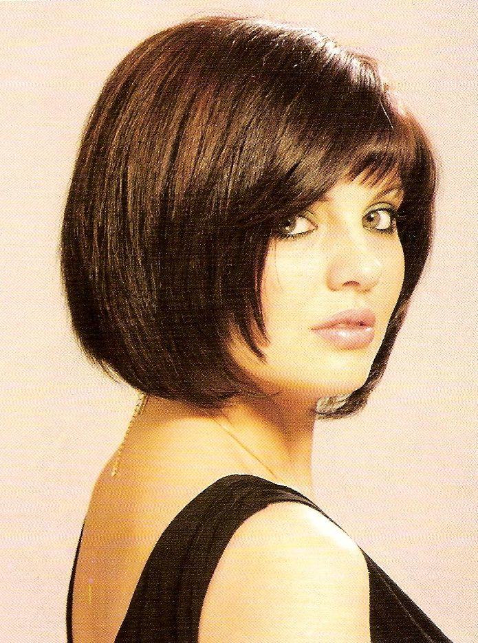 bob w/ bangs CLICK AND CAN SEE PIC | Chin length hair, Chin length haircuts, Medium length hair ...