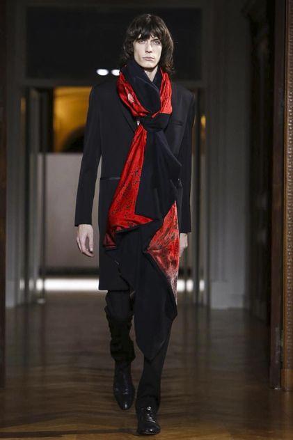 Photo of Atelier Gustavolins Couture Primavera Verano 2015 París