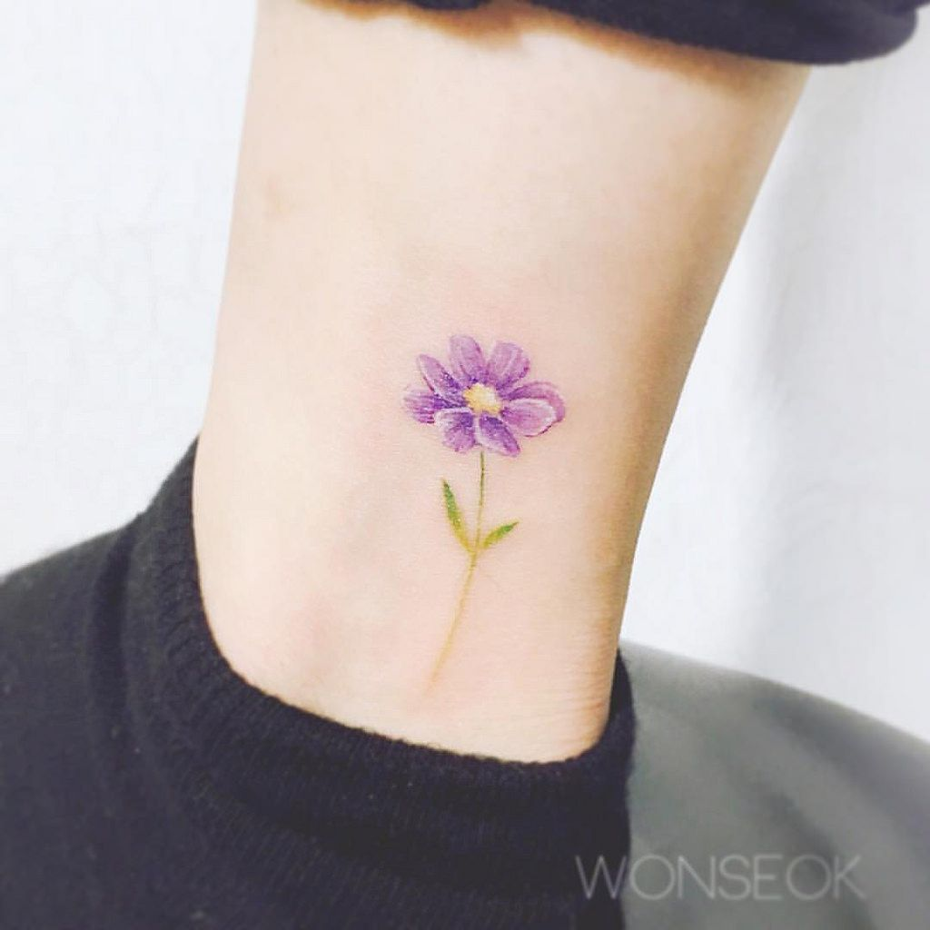 Cosmo Flower Tattoo Google Search Flower Wrist Tattoos Tiny Flower Tattoos Purple Tattoos