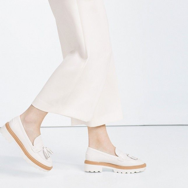 "4c13a0af976 Flatforms Are the ""Ugly"" Shoes You ll Totally Wear All Spring"