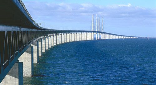 Oresund Bridge Connecting Malmo Sweden With Copenhagen Denmark Puentes