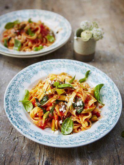 Tagliatelle With Asparagus And Tomato Recipe Tagliatelle Pasta