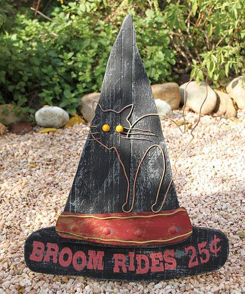 Witch Hat Yard Décor - I want to make this so it can hang on the