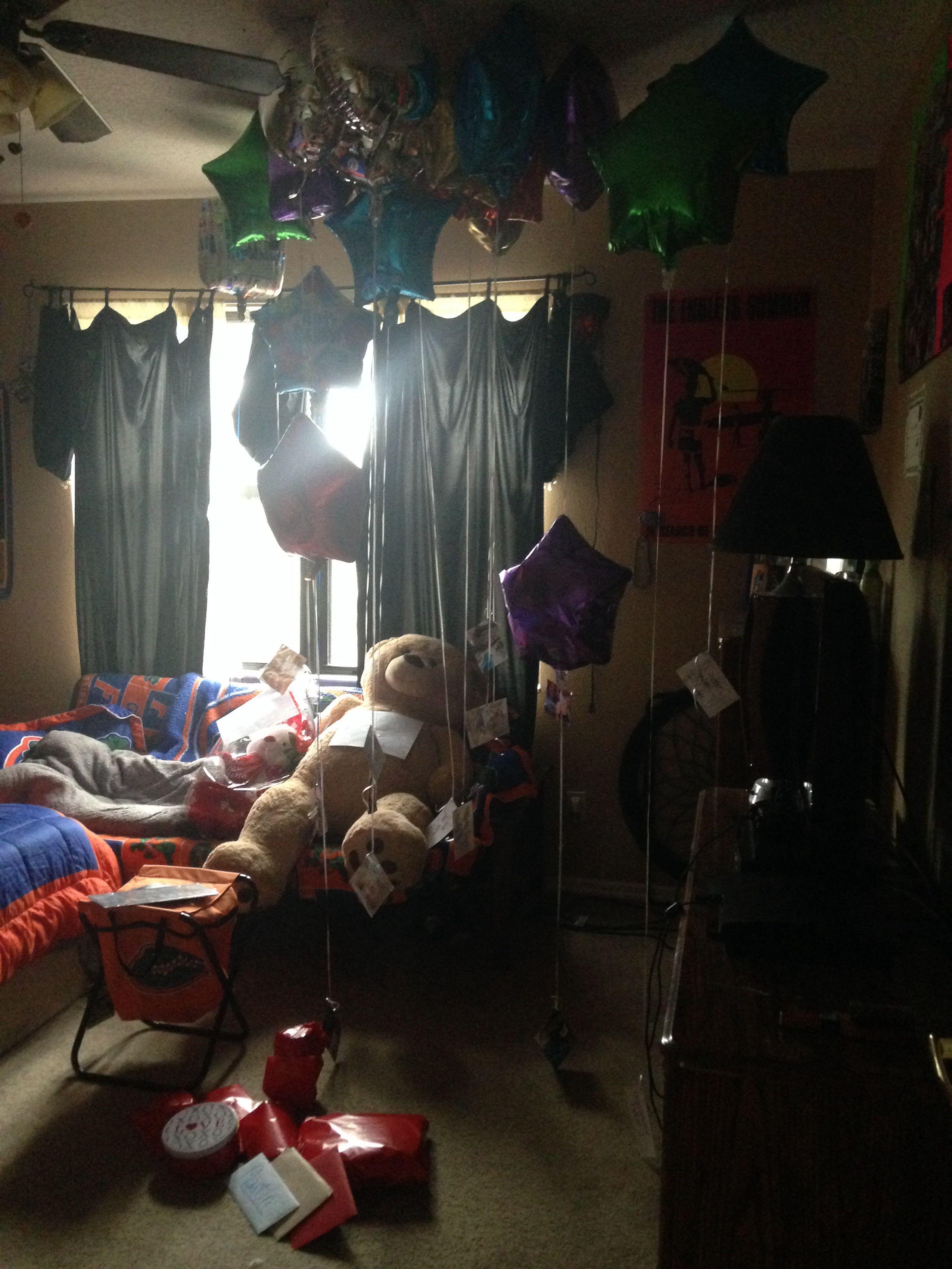 My Boyfriends 19th Birthday Surprise 19balloons Presents Pictures Valentines