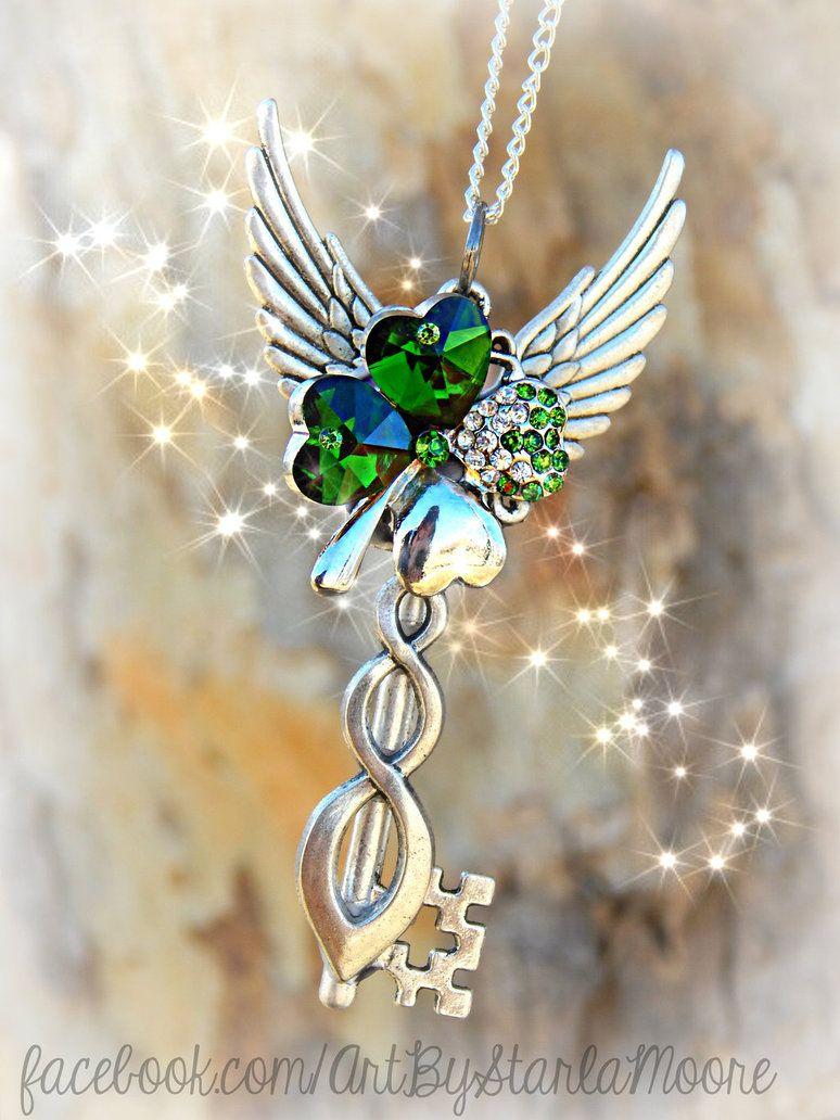 Emerald Crystal Clover by ArtByStarlaMoore on DeviantArt