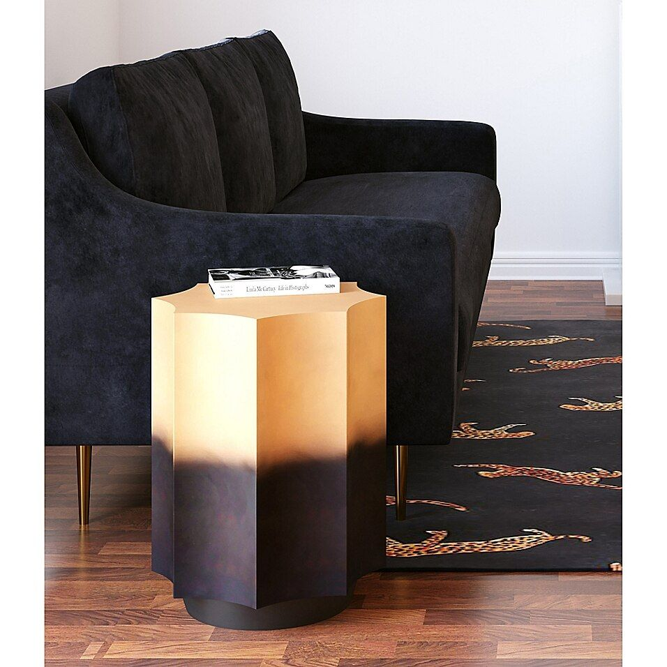 Tov Furniture Dinesh Side Table In Black/gold - The TOV Furniture Dinesh Side Table is an absolute statement piece that celebrates modern bohemian style. Boasting a beautiful scalloped design, this black and gold-finished iron table will be an eye-catching centerpiece in your living space.