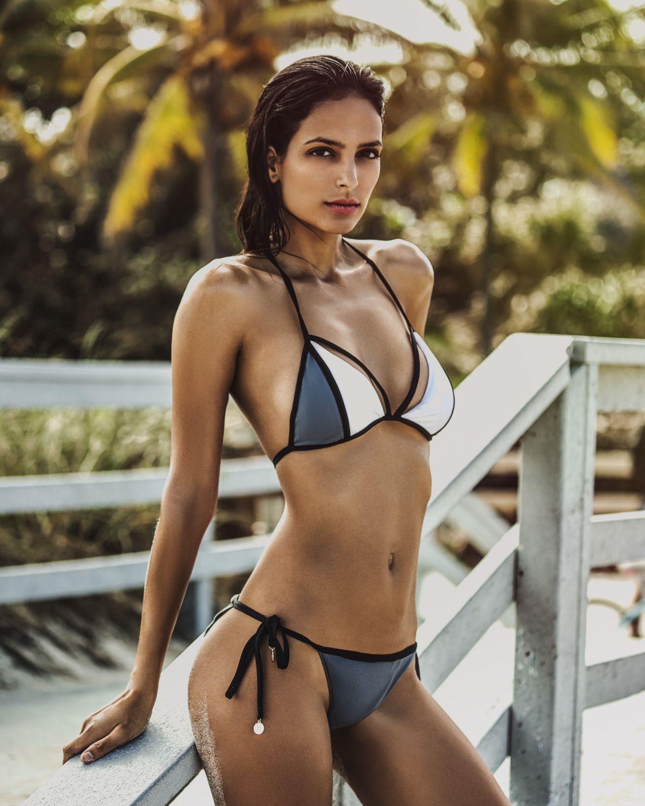 d00b43a1699c6 Charming Bikini Girls. Daily Pics. Sunny Beaches   Stylish Swimwear.