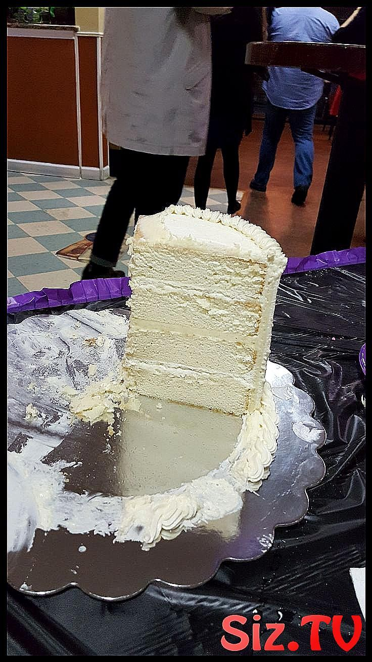 White Almond Sour Cream Wedding Cake Recipe     Fo