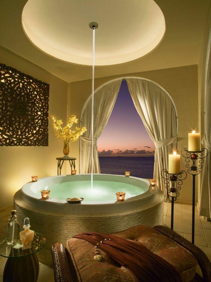 baignoire ronde, salle de bains mystique style oriental   Nuit ...