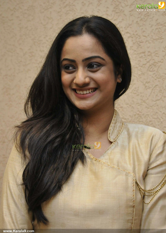 namitha pramod love the neck detail | kurti inspirations