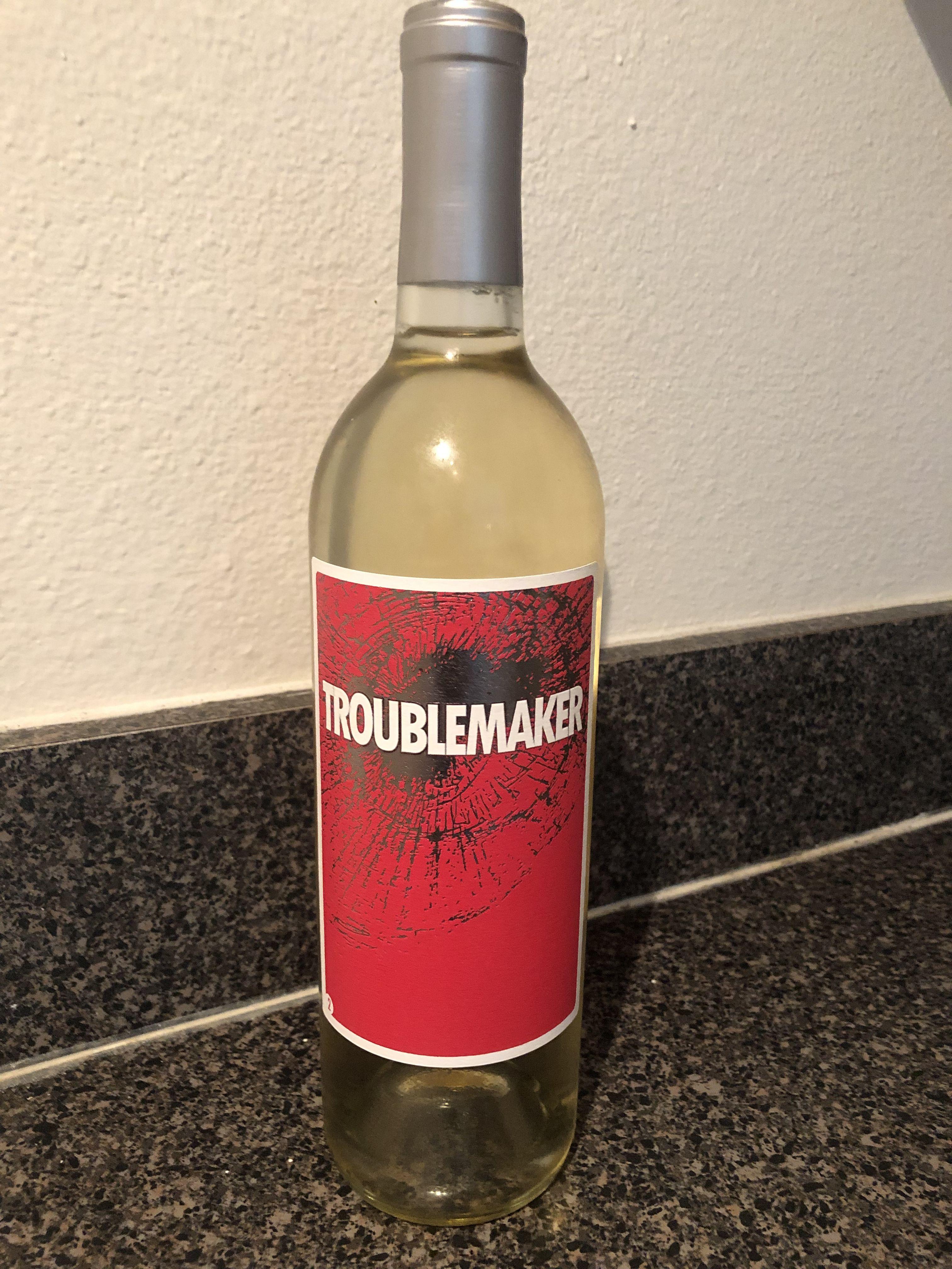 Da Serie Criadora De Problemas Sou Tao Fa Do Trader Joe S E Faco Tanta Propaganda Gratuita Deles Que Acho Que Eles La Wine Bottle Drinks