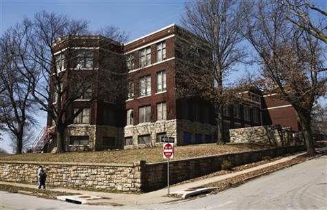 Mccoy Elementary School In Kansas City Mo Elementary Schools Kansas City Missouri School