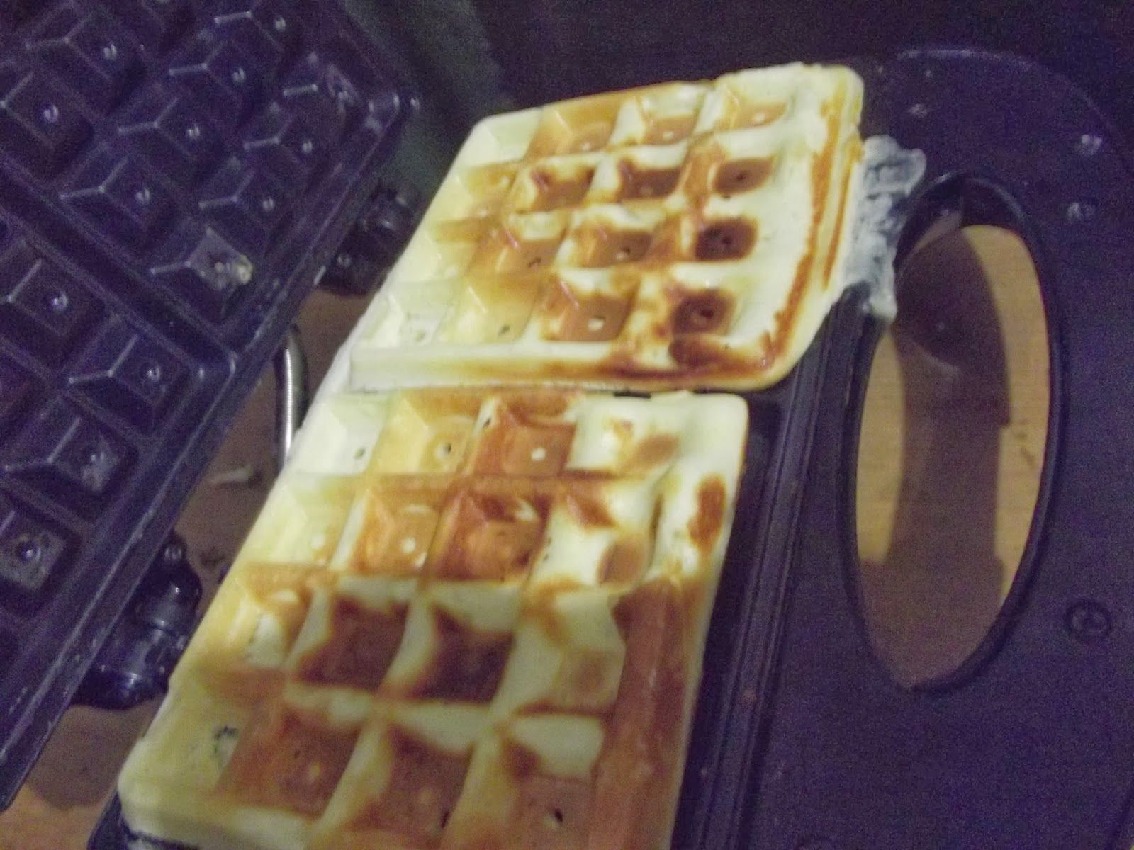 UaU! Vamos Casar!: Gordice de Sexta | Receita de Waffles Crocantes!!!!