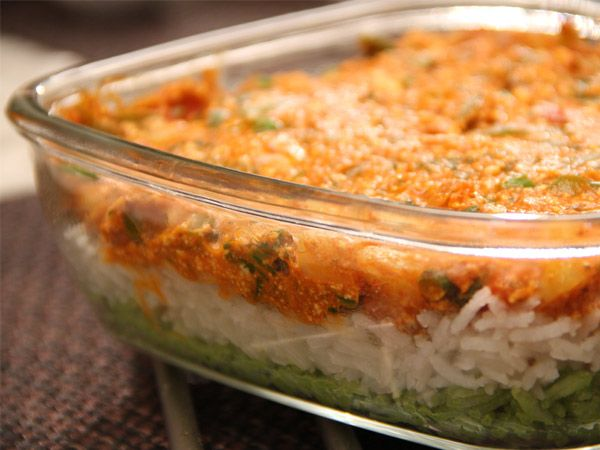 Tiranga pulao indian recipes food recipes pinterest try these tricolor indian food recipes make your day colourful patriotic you can go for tricolor cakes kulfi tiranga dosa independence day special forumfinder Choice Image