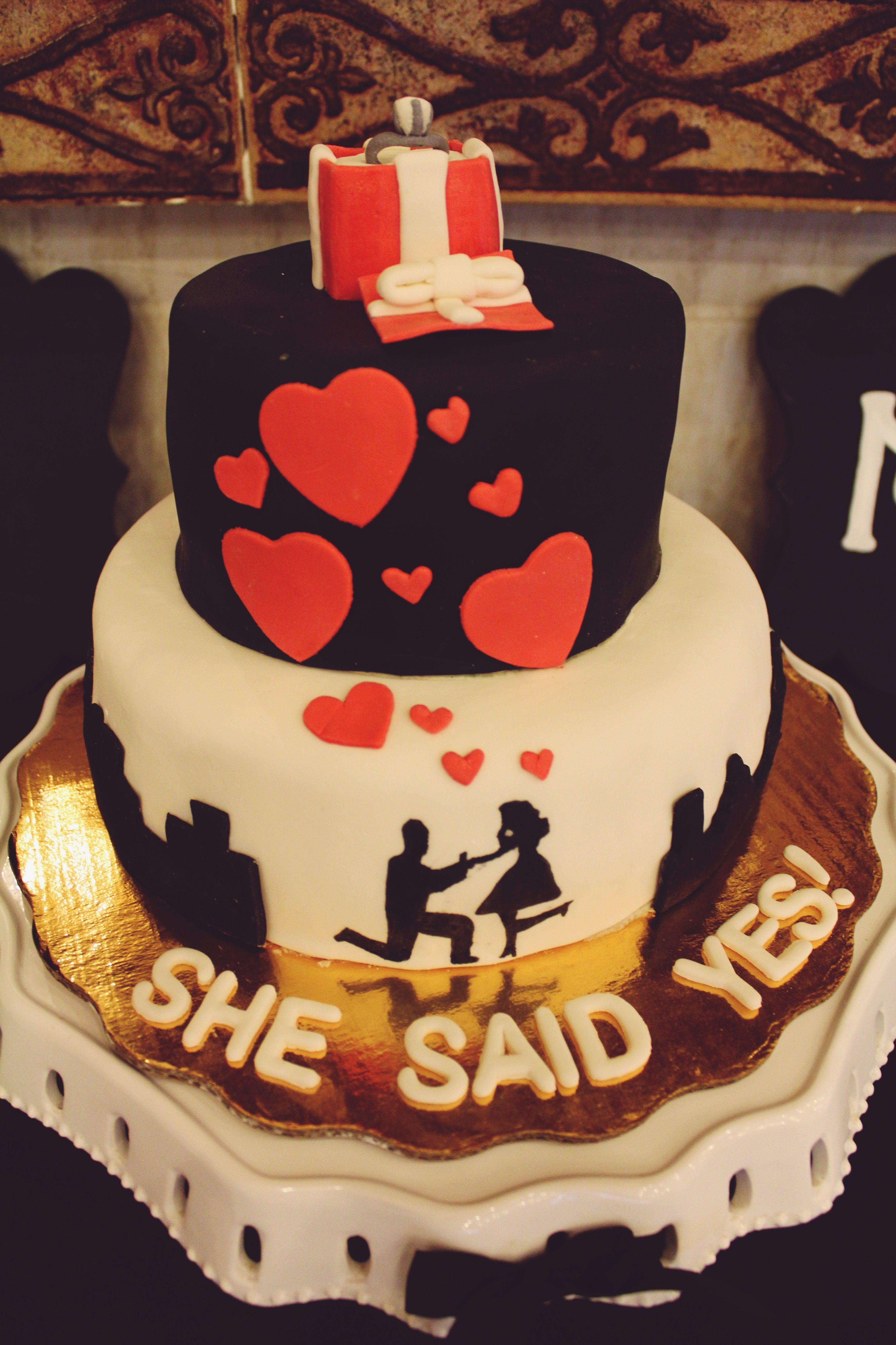¡Hermoso pastel de compromiso!