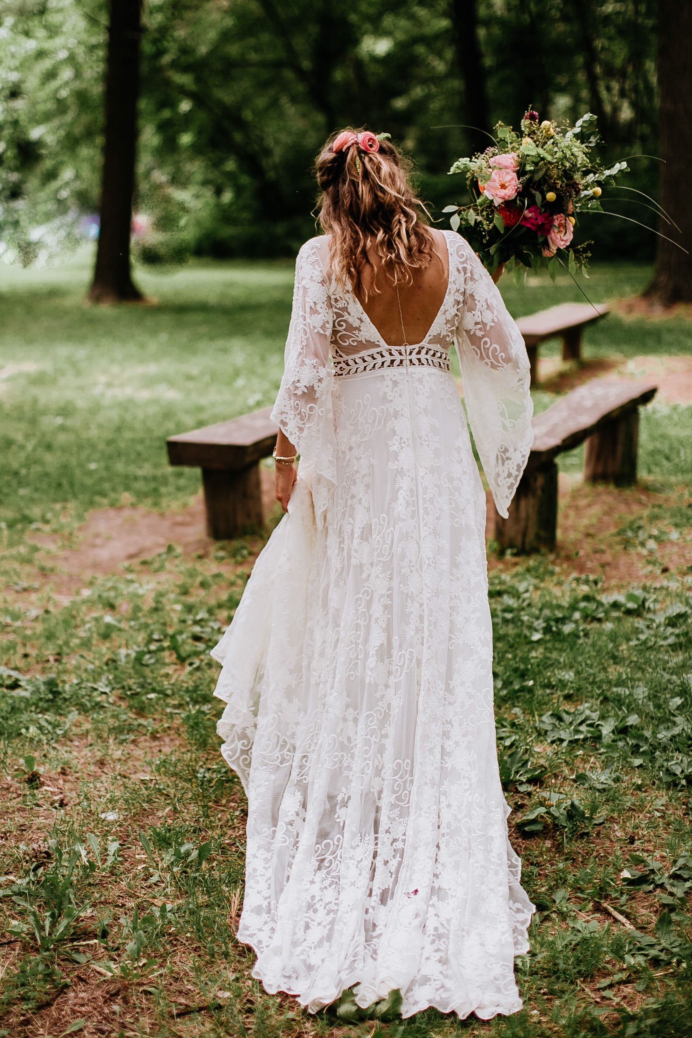 Real Wedding: Shelbi + Sam :: Intimate Backyard Wedding in Belle Sleeve Gown -   15 wedding Boho hippie ideas