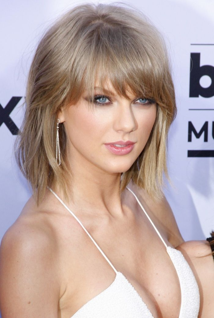 Taylor Swifts Best Hairstyles From Long To Short -4958