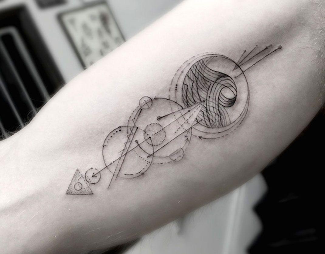 20 sublimes tatouages g om triques dessin s avec une pr cision poustouflante tatouages. Black Bedroom Furniture Sets. Home Design Ideas