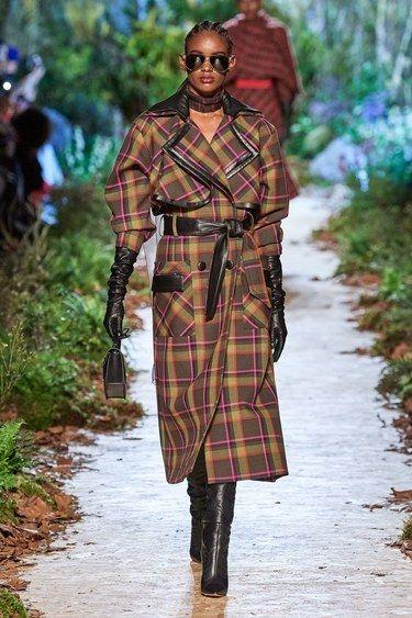 Ralph & Russo Autunno Inverno 2020-2021 Pronti da indossare – Passerelle | Vogue Paris
